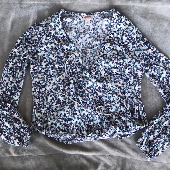 Mossimo Supply Co. Tops - Mossimo Supply Co. Floral Shirt Size Small